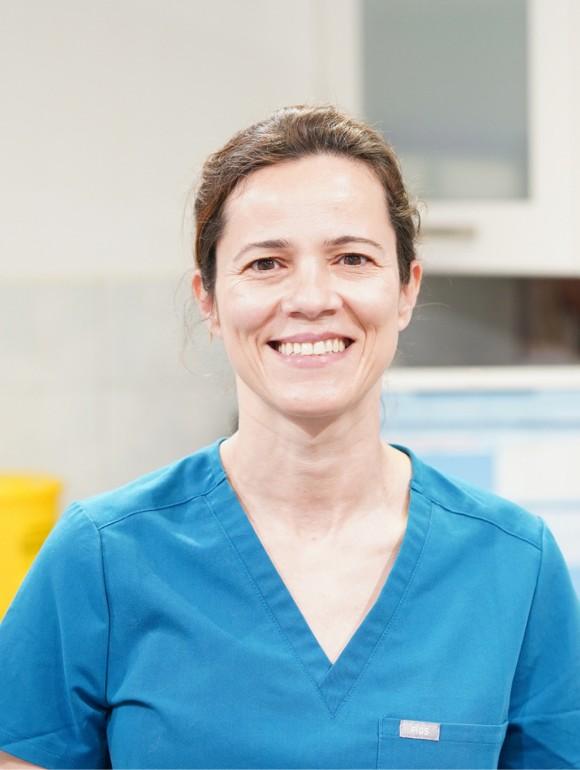 Maria Becerra – Veterinary Surgeon