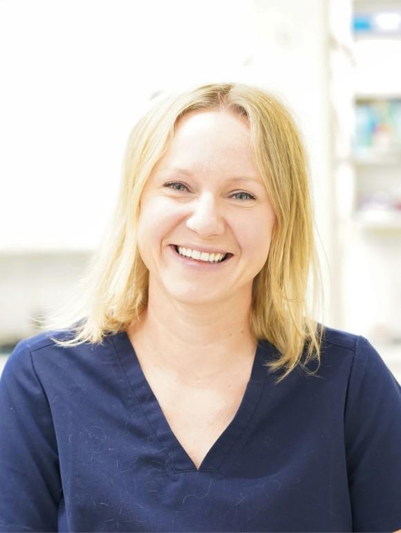 Jessie Hagedorn – Veterinary Surgeon